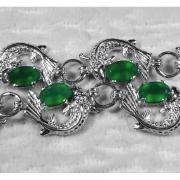 Браслет серебряный с зелеными агатами