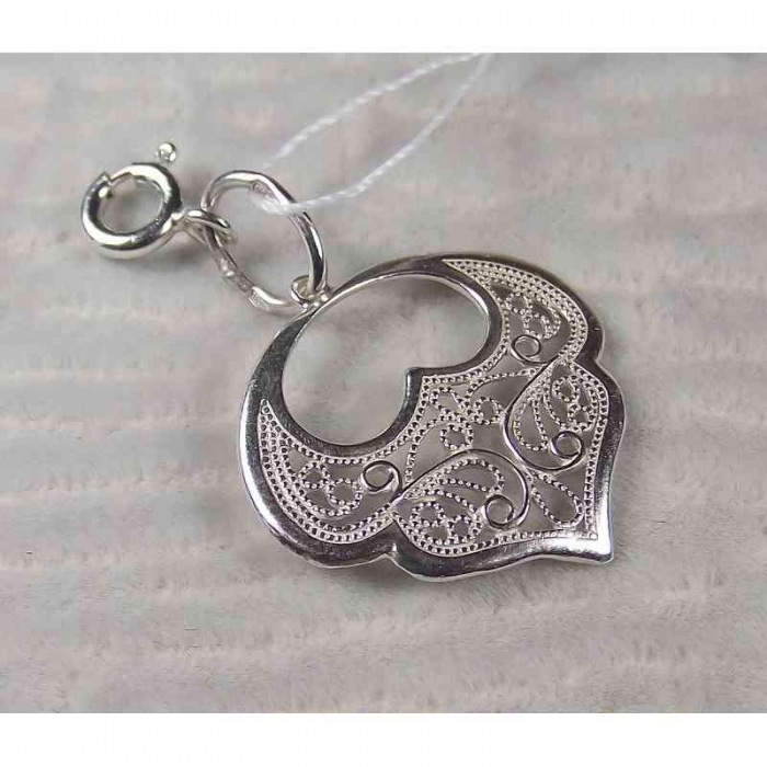 Серебряная подвеска-шарм